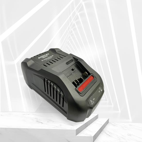 单口 168W 锂电池充电器